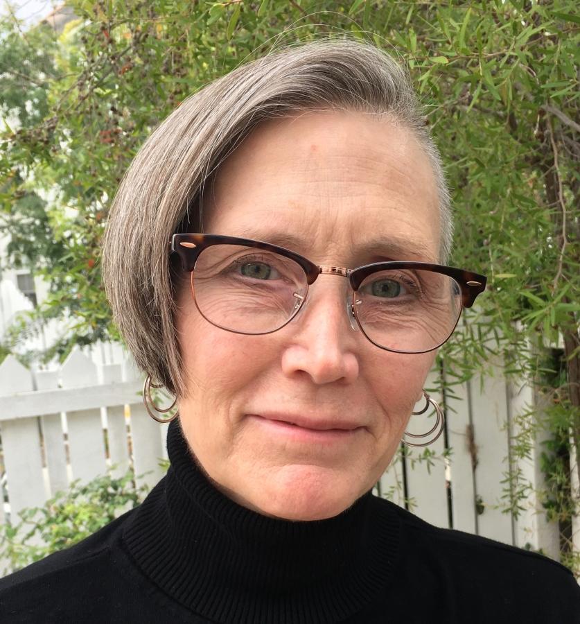 Kari Kassir, MD